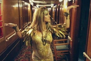 0809-Britney-Spears-Cleopatra-1