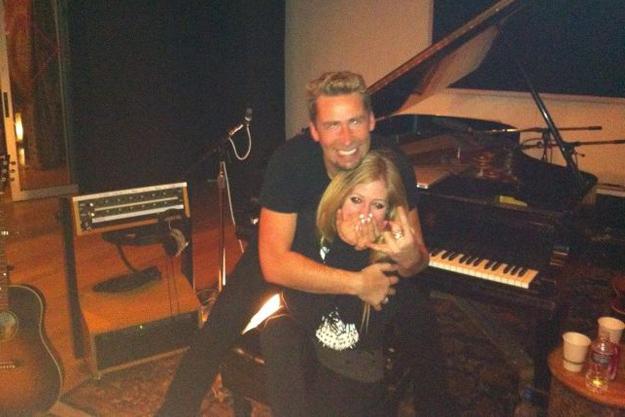 Avril Lavigne-Chad-kroeger-engaged-0821