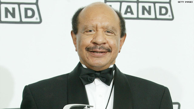 Sherman Hemsley Body Being Put On Ice-830-1