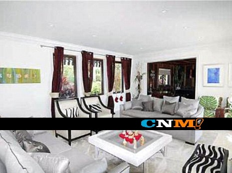 Kim-kourt-miami-mansion-915-7