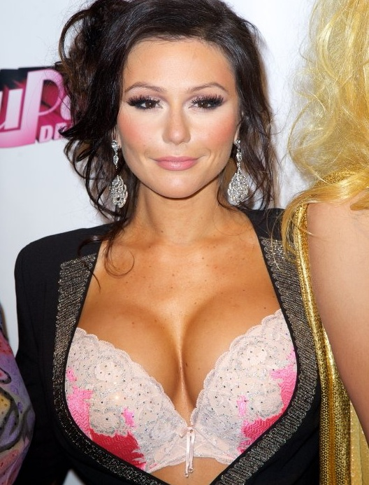 http://celebnmusic247.com/wp-content/uploads/2013/01/127-JWoww-Busts-Out-For-RuPauls-Drag-Race-4.jpg