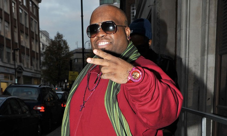 208-Cee Lo Green Sued For XMAS Concerts-2
