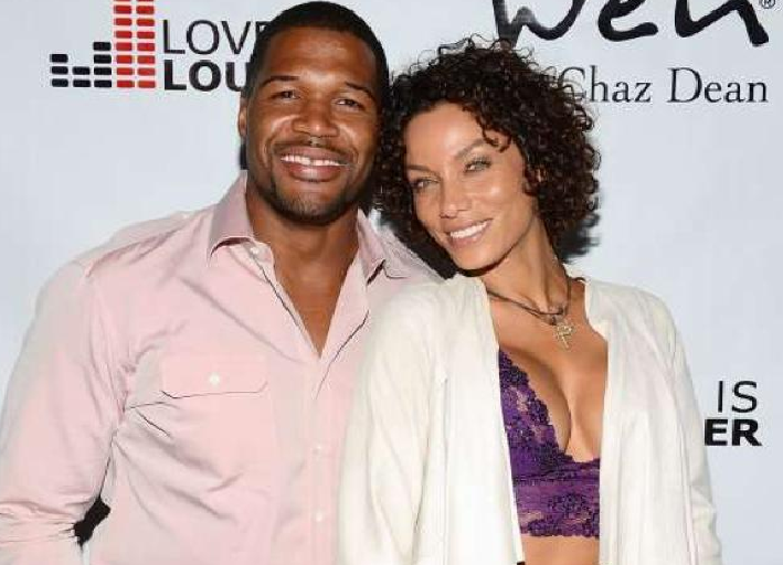 213-Michael Strahan Refusing To Marry Nicole Murphy-4