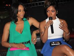 220-K Michelle Mimi Fight-1