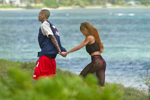 221-rihanna-birthday-chris-brown-hawaii-1