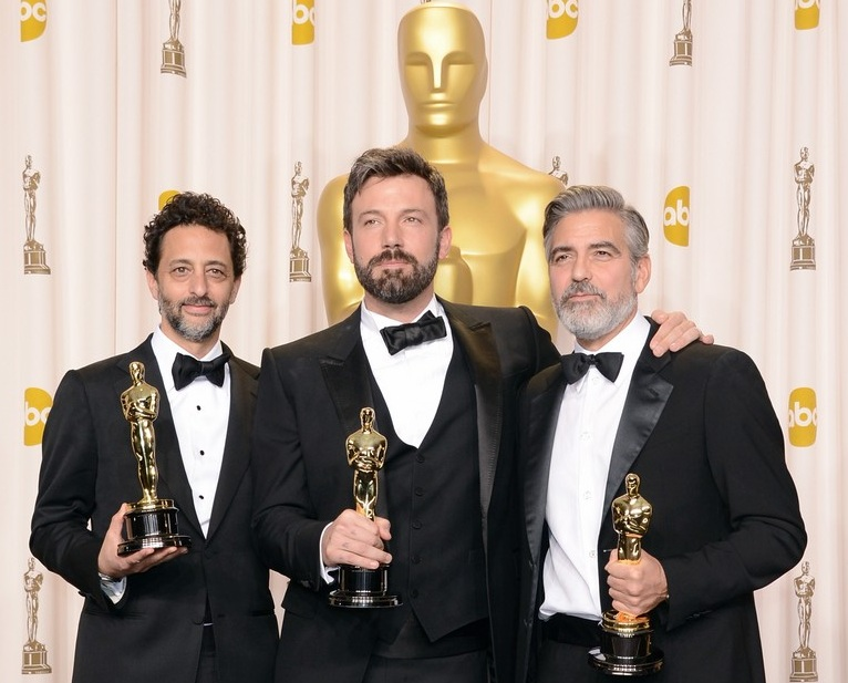 224-Ben Affleck Wins Best Picture Award for Argo-2