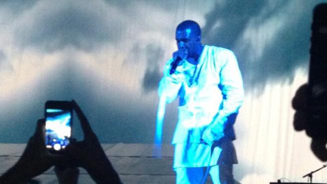224-Kanye West Disses Jay-Z-2