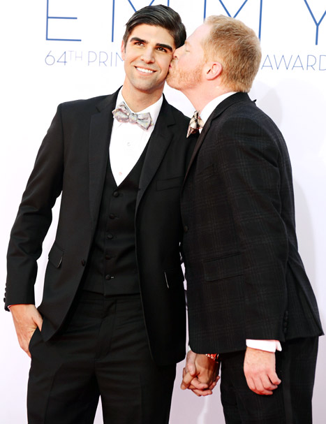 302-Jesse Tyler Ferguson-getting married-1