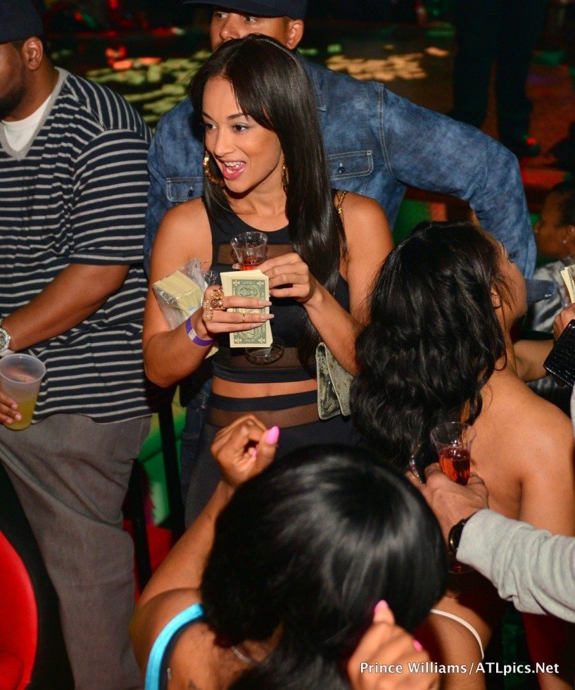 304-drake-basketball-wives-draya-michele-strip-club-3