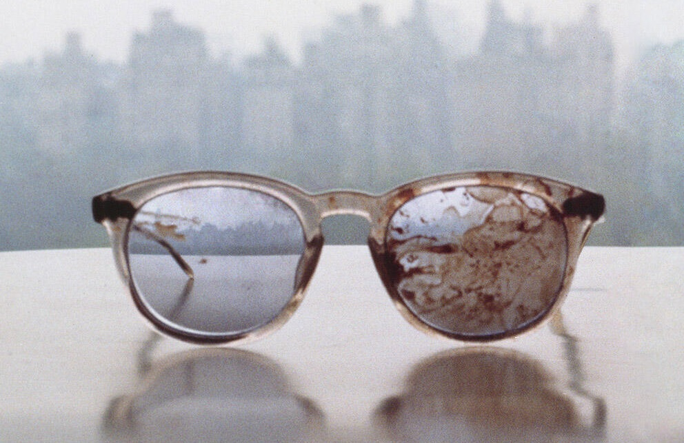 321-Yoko-Ono-Tweets-pic-of-John-Lennon's Bloody Glasses-1