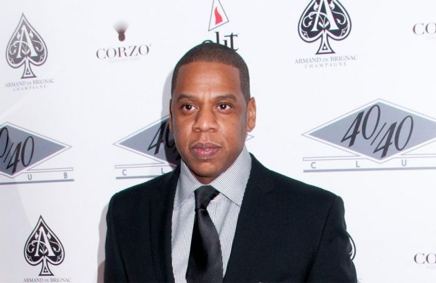 326-Jay-Z Hires A Cigar Maker For His Tour-1