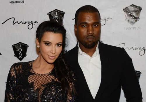 409-Kanye-And-Kim-Kardashian-Kicked-Off-Plane-1