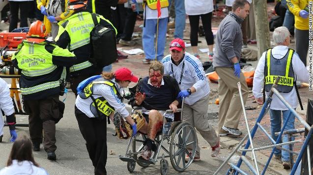 415-2 Dead 20+ Seriously Injured in Boston Marathon Explosions-1