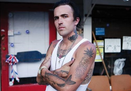 416-Yelawolf Storms Off Stage-1