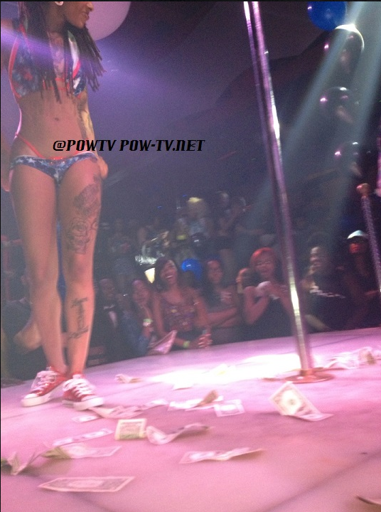 509-Dutchess of Black Ink is Stripping-3