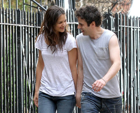Katie Holmes Spotted w...