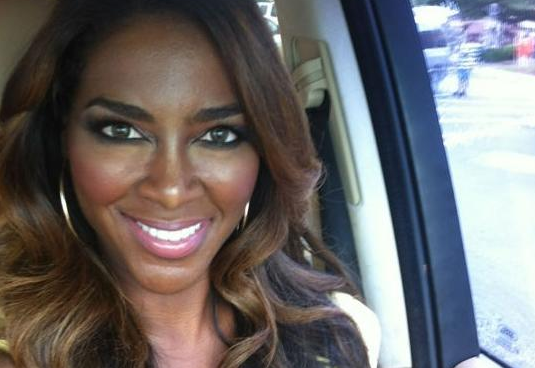 Kenya-Moore-Slaps-Landlord-With-Counter-suit-611-1