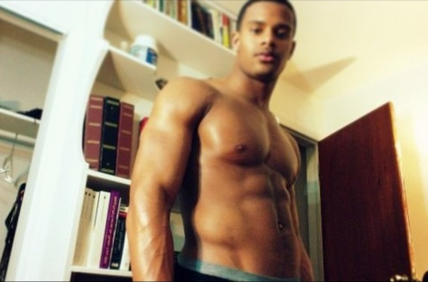 Trey Songz' Brother Nude Photo Leak-621-2