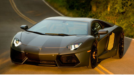 transformers-4-unveils-its-latest-supercar-608-1