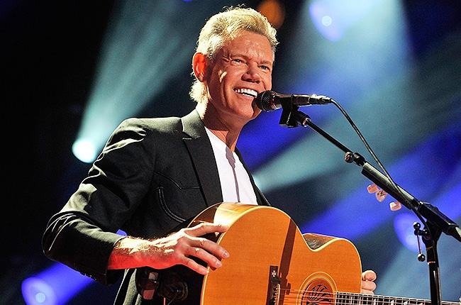 Randy Travis Health Ruined After Hospitalization-710-1