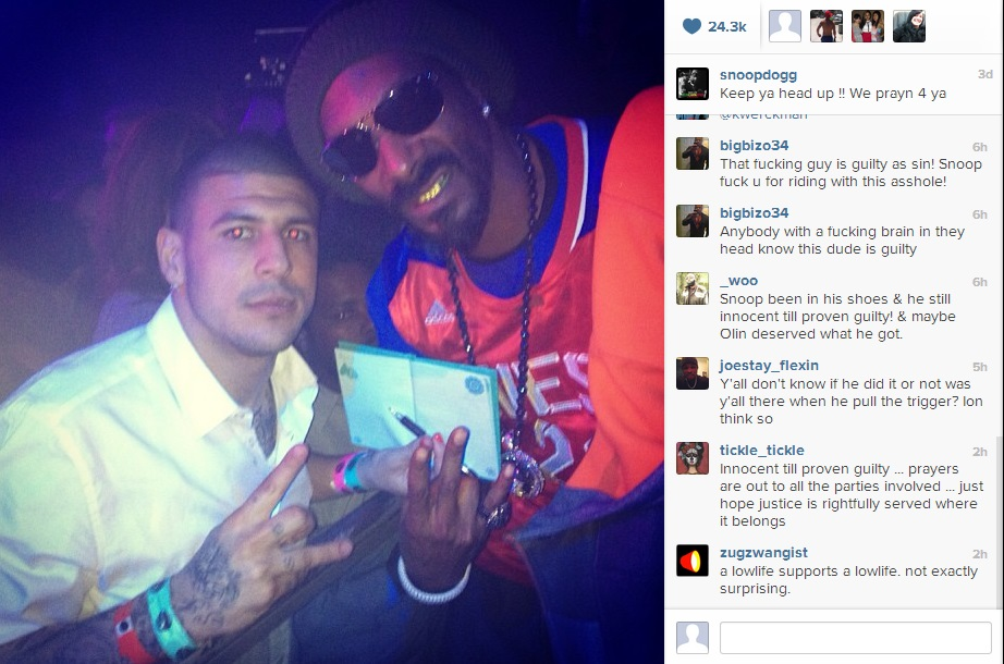 - News ) Snoop Lion Blasted for Supporting Aaron Hernandez