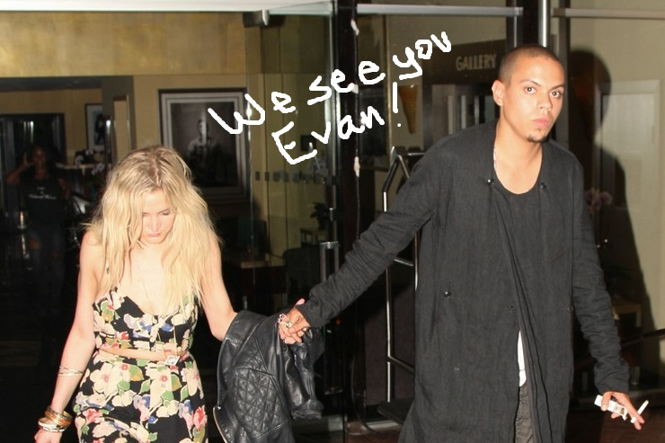 ashlee-simpson-evan-ross-new-couple-alert-703-3