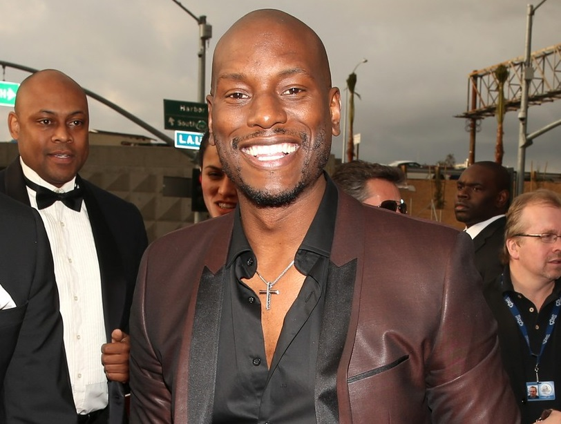 Tyrese Removes Bad Energy of Ex-Wife-908-4
