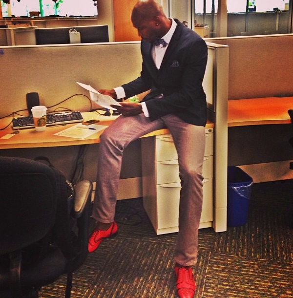Chad-Ochocinco-shoe-porn-red-shoes-111-1