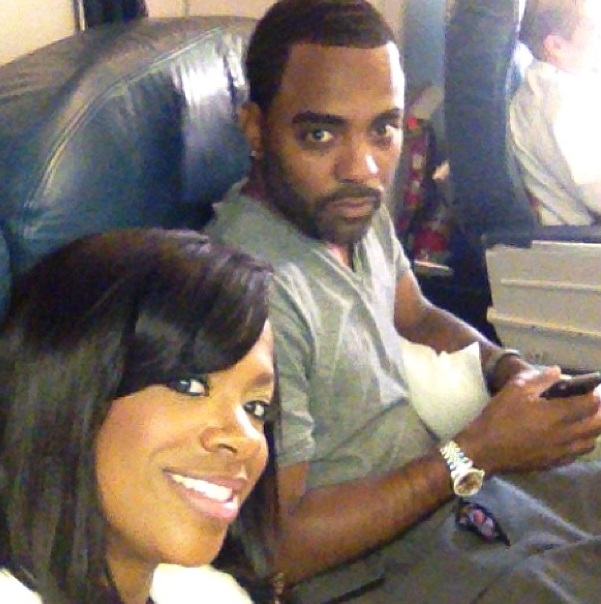 Kandi Burruss Officially Married To Todd-1025-3