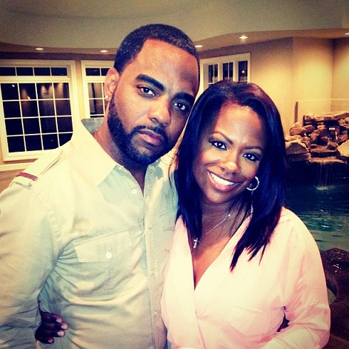 Kandi Burruss Officially Married To Todd-1025-4