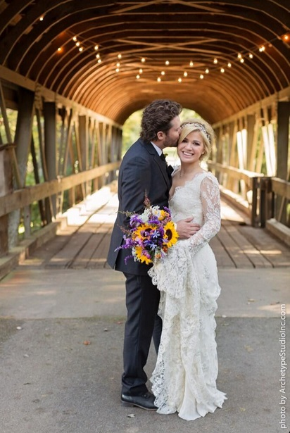 Kelly Clarkson and Brandon Blackstockat Married-1022-1