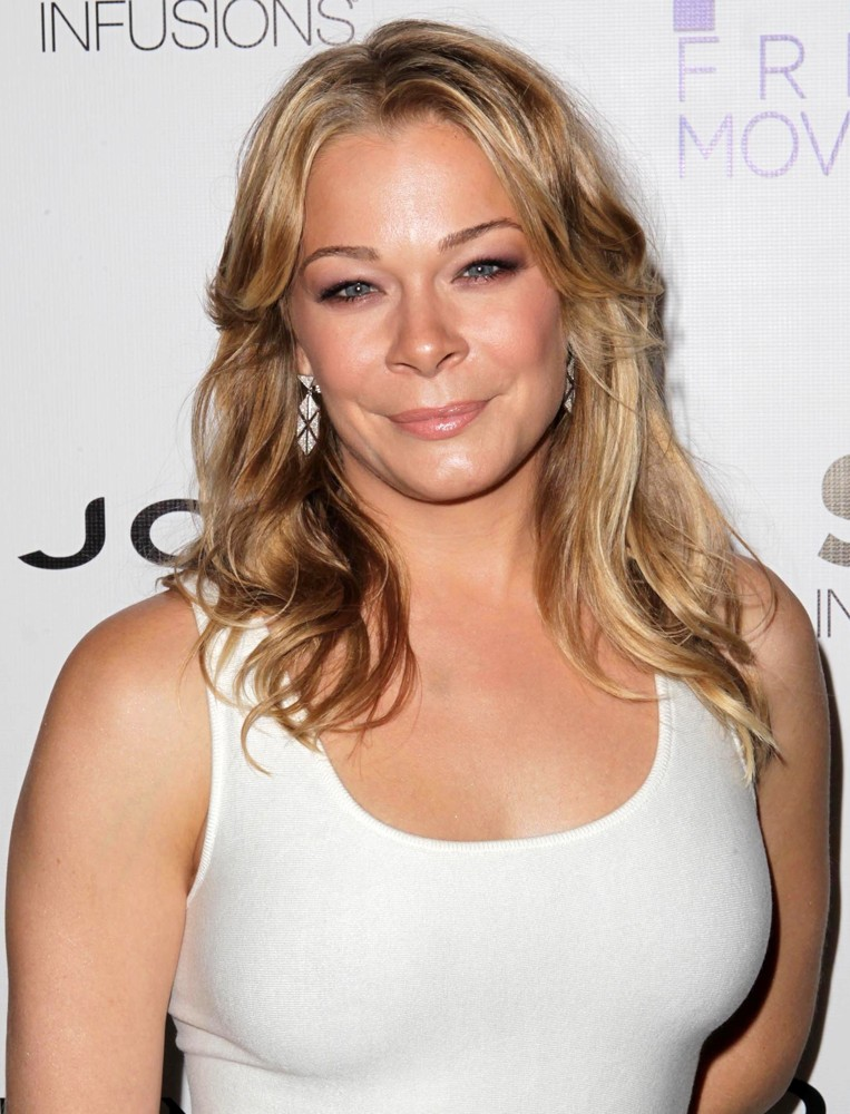 leann rimes unchained melody