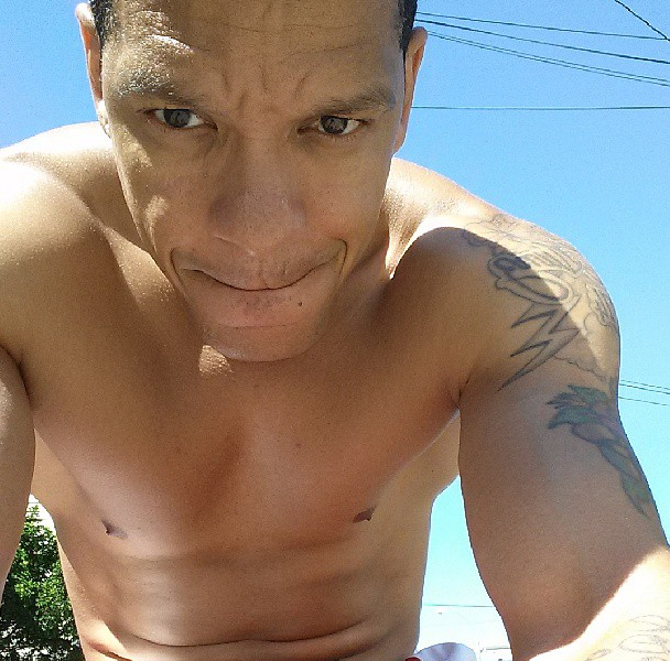 Peter Gunz-shirtless-LHHNY-1028-1