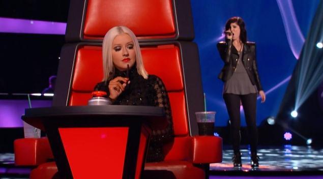 The Voice Recap-Briana Cuoco Wows Christina Aguilera-101-