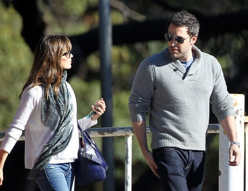 Ben-Affleck-Jennifer-Garner-Marriage-on-The-Rocks-Couples-therapy-1127-2