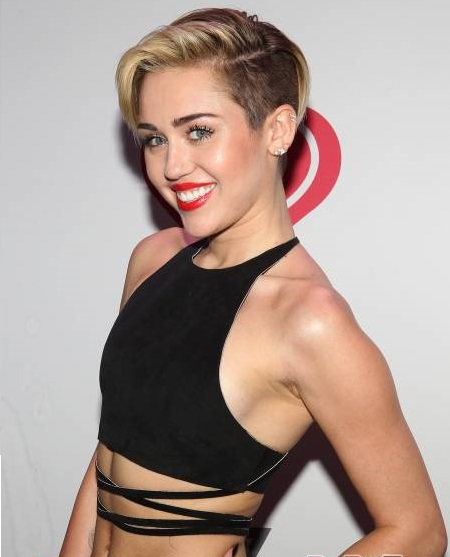 Miley's Wrecking Ball Choked Up Over Liam-1212-