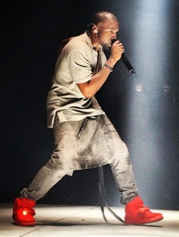 nike-releasing-yeezys-red-october-news-1221-2