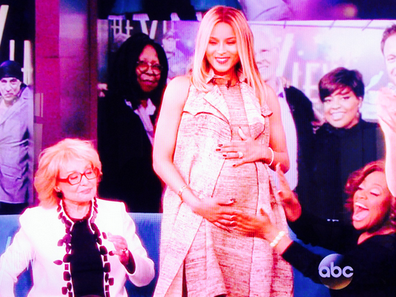 Ciara Confirms Pregnancy-0114-2