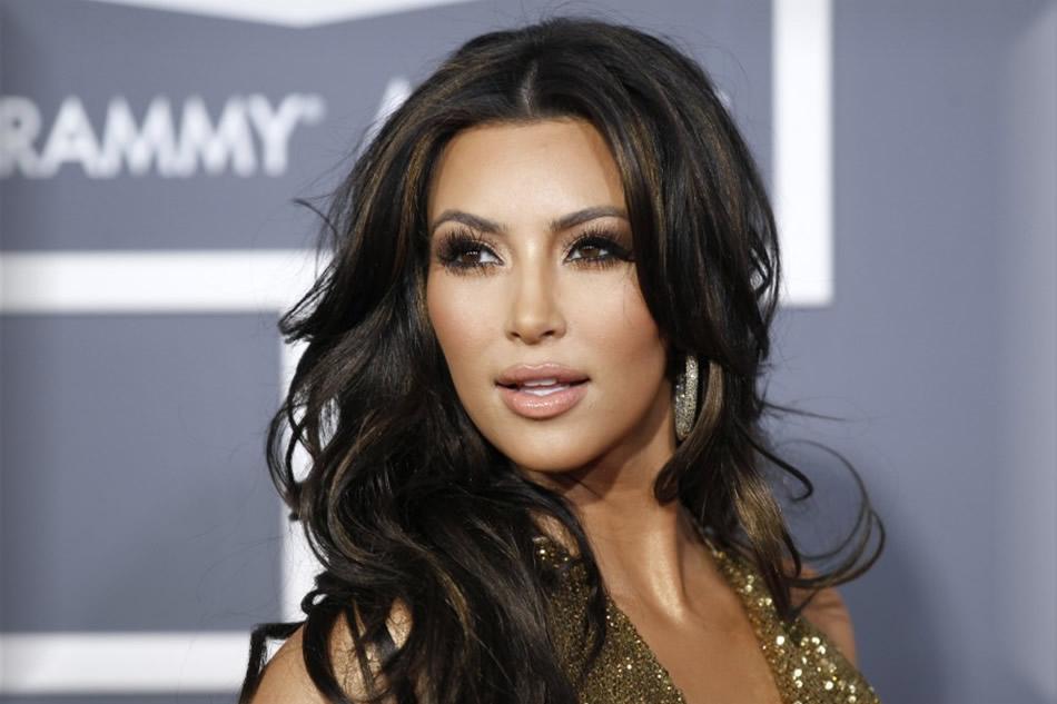 Kim Kardashian Called A Slut-0114-1