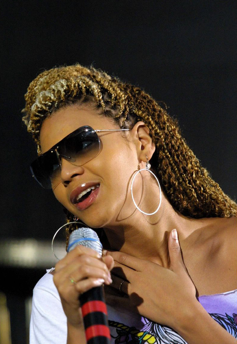 beyonce micro braids pictures to pin on pinterest pinsdaddy