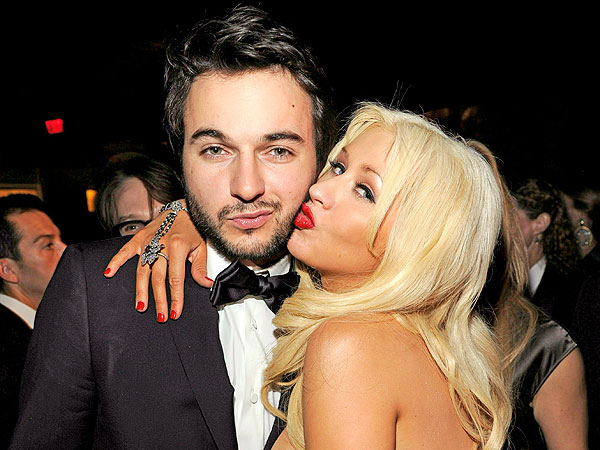 christina-aguilera-Matthew-Rutler-engaged-1