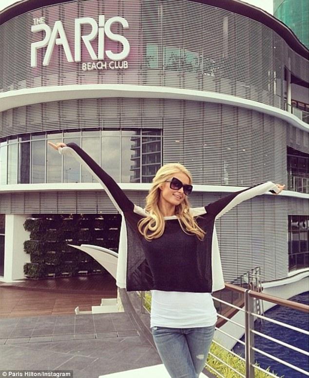 Paris-Hilton-Beach-Club-3