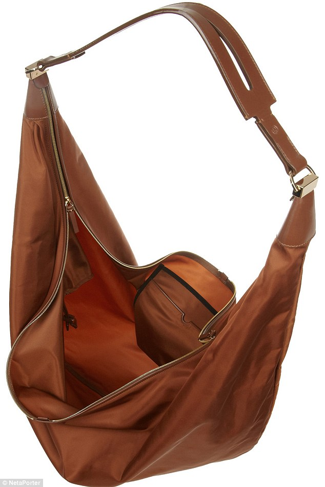 Olsen-twins-nylon-bag-0427-3