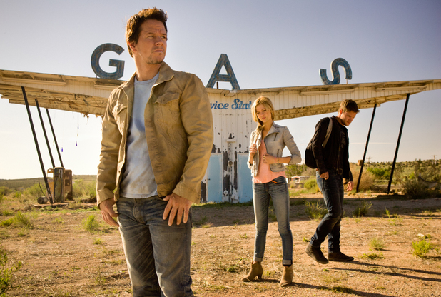 transformers-age-of-extinction-mark-wahlberg-nicola-peltz-jack-reynor-0411-1