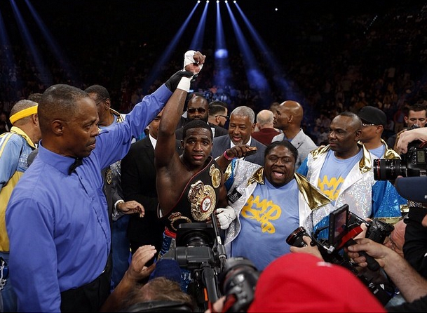adrienbroner-mexicans-0507-4
