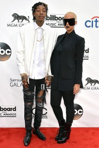 billboard-music-awards-Wiz-khalifah-Amber-Rose-celebnmusic247-0518-3