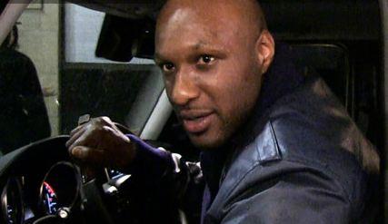 Lamar-Odom-pissed-at-kardashian-smear-campaign-0819-1