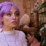candidly-nicole-the-chicken-farmer-0731-1