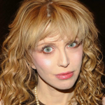 courtney-love-my-memoir-is-a-disaster-0901-1