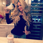 kim-zolciak-flaunts-tiny-waist-1126-2